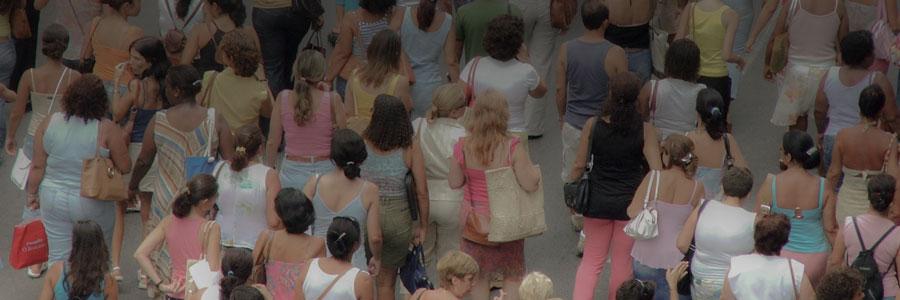women-crowd